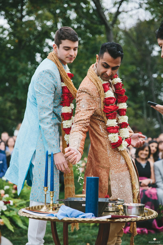 Hindu fusion saptapadi two grooms