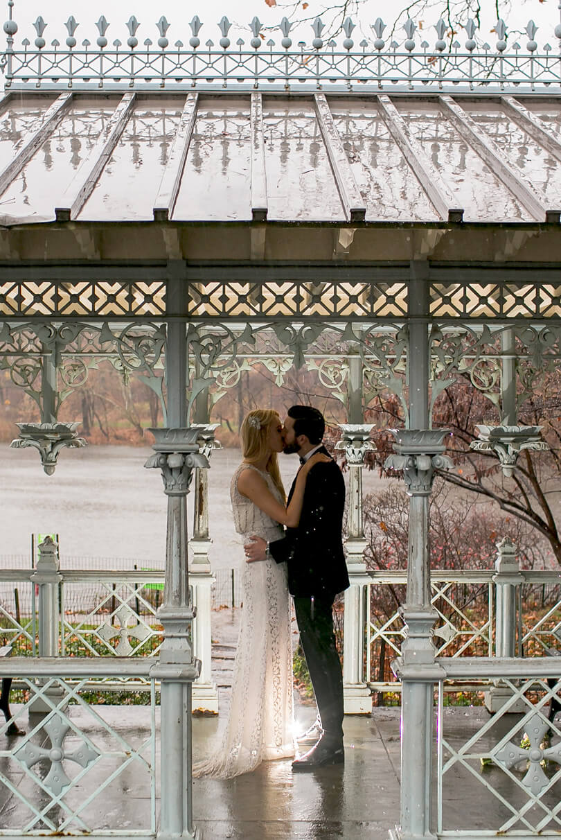 Romantic elopement at Ladies Pavilion on a rainy day